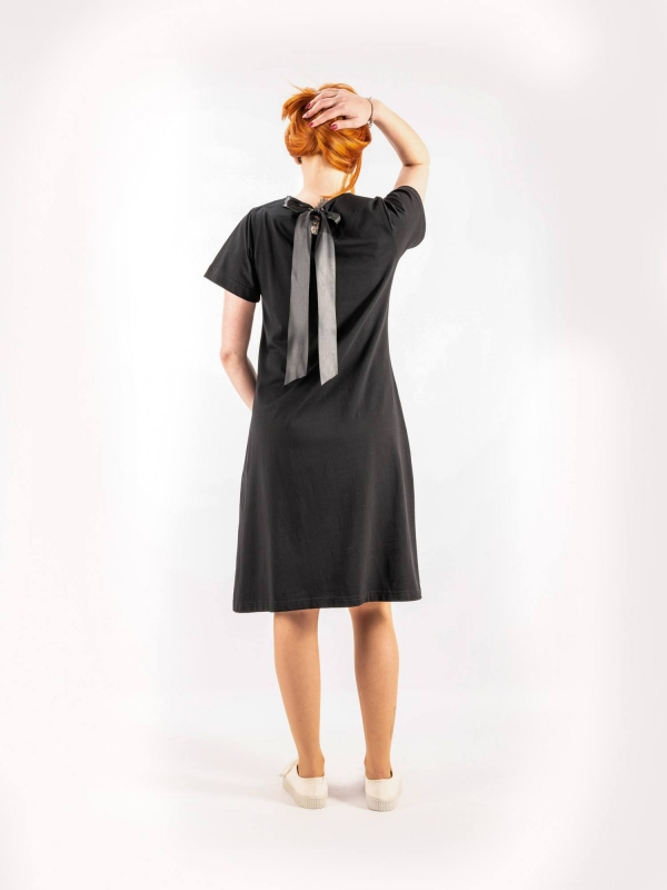 Dámske šaty čierne A144